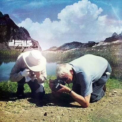 "Deus ""Keep You Close"""